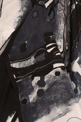 White & Black Printed Crepe Saree-PE2641