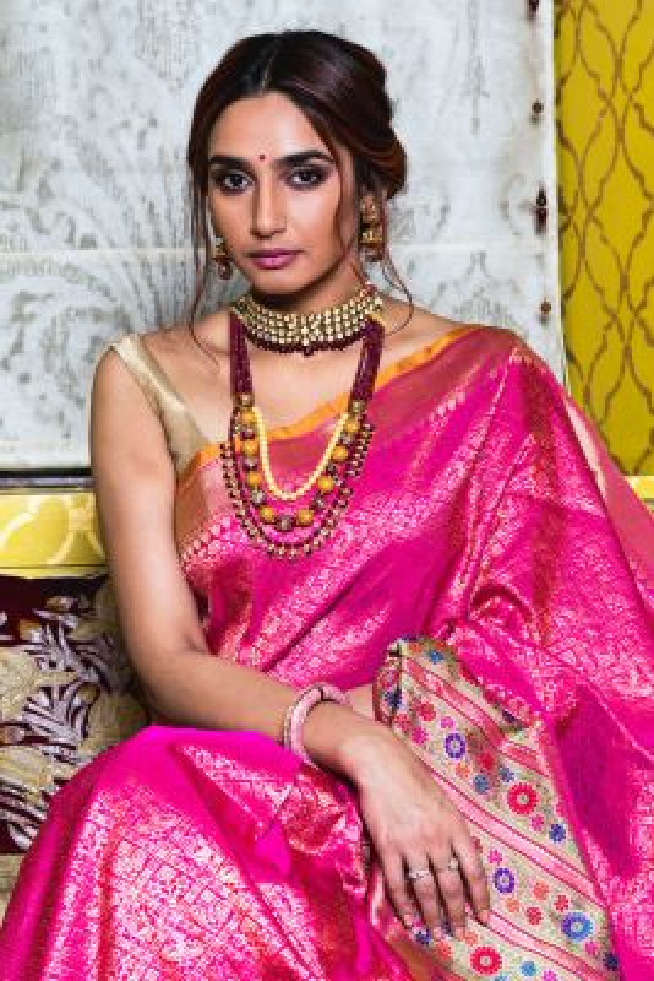 Ragini Dwidvedi In Pink  Zari Woven Banarasi Silk Saree-SR25271