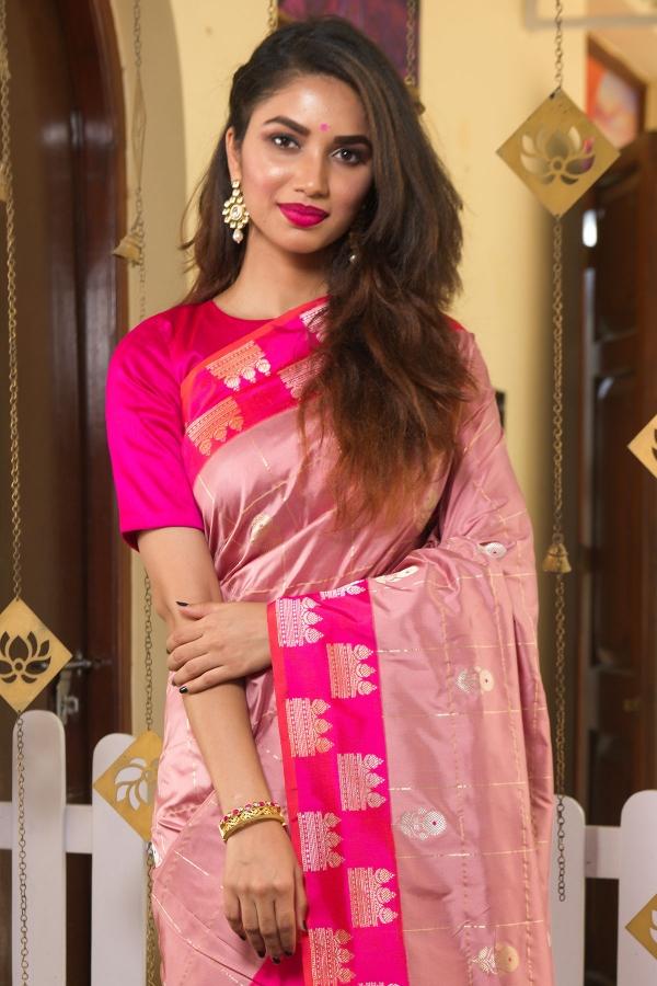 Misty Rose Pink Zari Woven Banarasi Silk Saree-SR25490