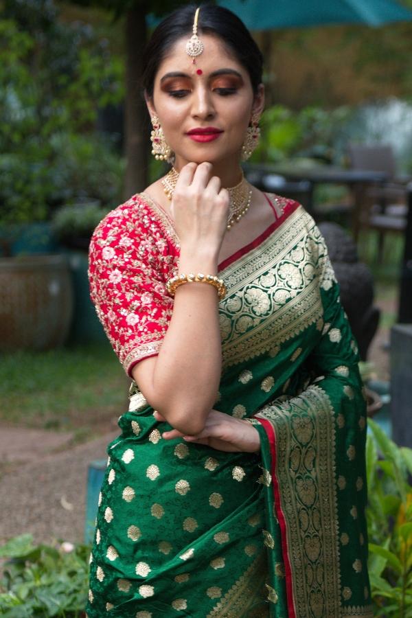 Emerald Green Zari woven Banarasi Silk Saree-SR25566