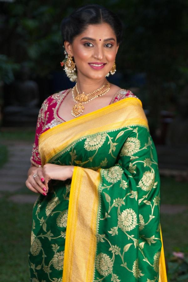 Emerald Green Zari woven Silk Saree-SR25568