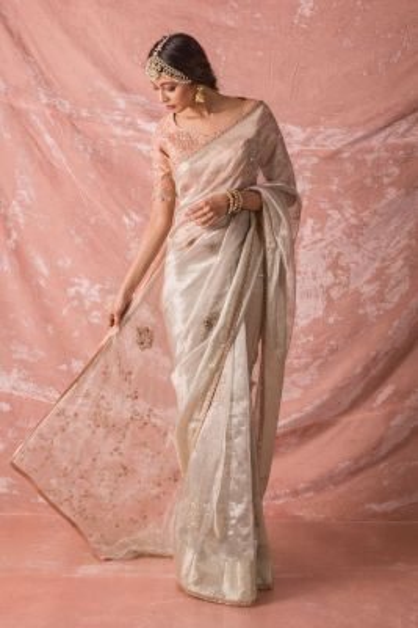 Silver Sequins Embroidered Tissue Saree-SR25678