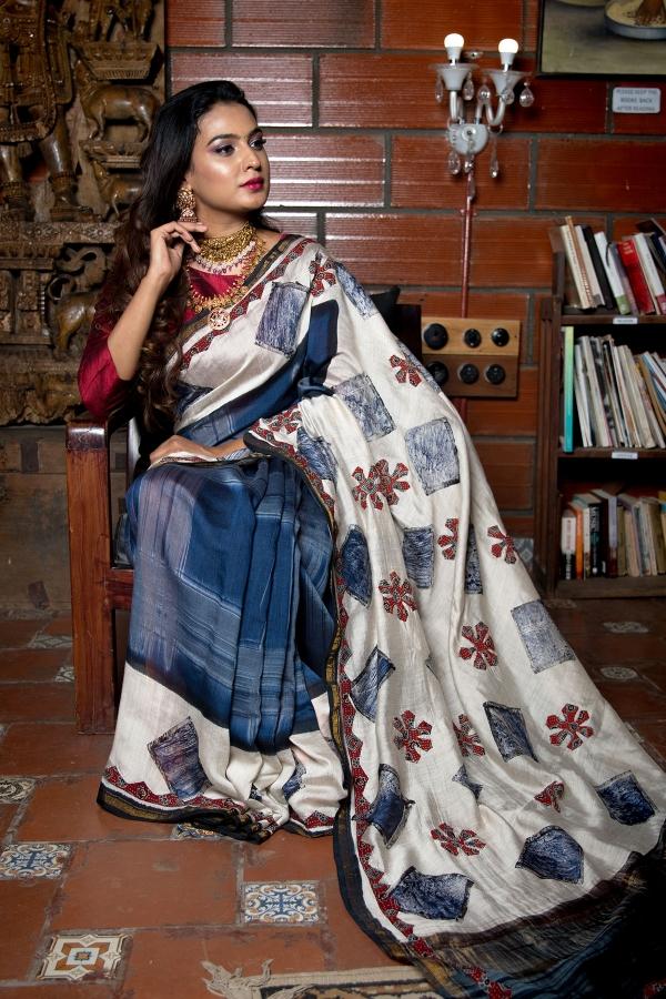 Blue & White Printed Tussar Silk Saree-SR26019