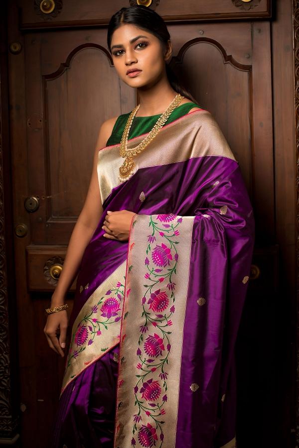 Grape Purple Zari woven Banarasi Silk Saree-SR26223